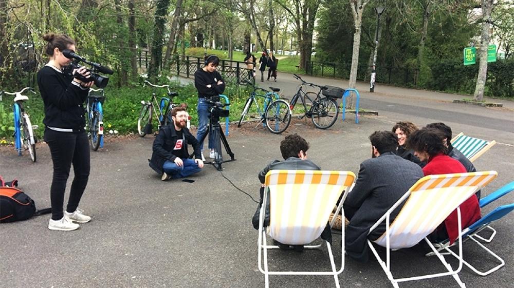 vlipp - Offre de stages : Développer un webdocumentaire vidéo